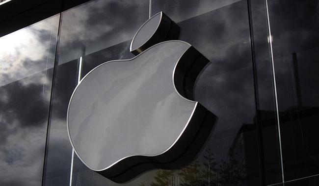 Apple-may-Mac-duoc-ban-ra-nhu-cau-dang-kinh